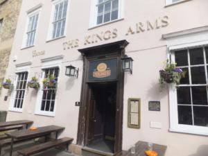 king arm  - oxford.jpg